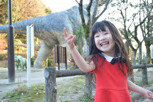 じゃんけん 遊ぶ 子供 こども 子ども 女の子 笑顔 笑う 楽しい 12月 冬