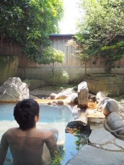 温泉 露天風呂 お風呂 入浴 おとこ 男 男性 岩風呂 ゆ 湯 岩 石 風情 風流