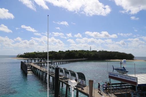 グレート バリア リーフ 海 ビーチ オーストラリア ケアンズ バカンス 島 橋 ブリッジ ホリデー 夏 夏休み 休暇 グリーン アイランド 休み 快晴 晴天 青 波 船着場 外国 海外 背景 テクスチャ