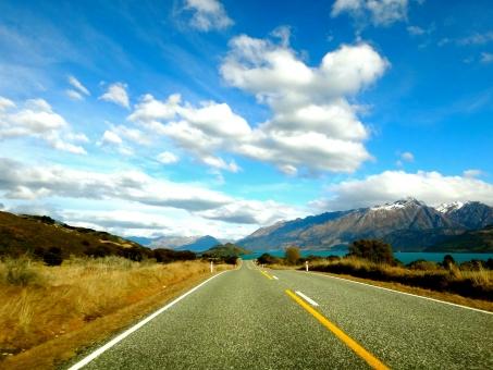 道 road 湖 lake 山脈 山 冬 秋 一本道 青空 雲 無人 ニュージーランド New Zealand NZ 自然