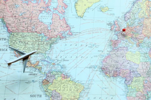 目的地 旅行 飛行機 パリ フランス 航路 ヨーロッパ 行き先 マップ MAP 画鋲 画びょう ナビゲーション ナビ