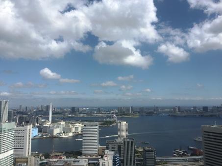 東京 日本 海 港 湾 ビル 高層ビル Tokyo TOKYO Japan JAPAN Japanese building City View 景色 空 雲 晴れ 高級マンション 人口 休日 Holiday 青空 展望 マンション 未来 仕事 ビジネス 都会