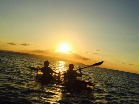 海 沖縄 石垣島 サンセット サンセットカヤック カヤック 夕陽 夕日 夕焼け カップル
