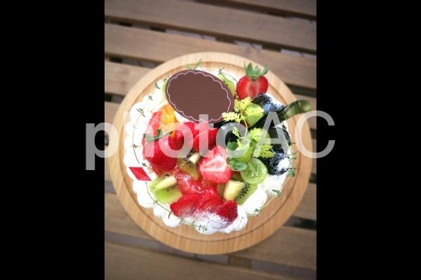 デコレーションケーキの写真