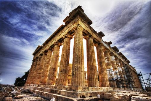 外国 ヨーロッパ ギリシャ アテネ パルテノン神殿 ギリシャ神話 観光 観光地 旅行 古い 都市 古代 伝統 歴史 柱 彫刻 装飾 建築 建築物 文化遺産 世界遺産 無人 空 室外 屋外 景観