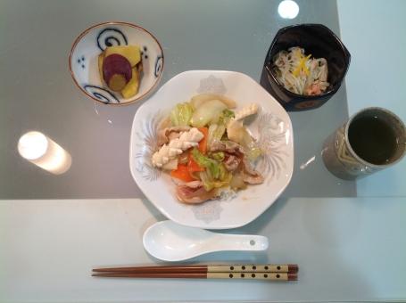 バランス食 健康食 食事 夕食 老人食 中華丼 管理栄養士 調理師 献立 メニュー 配膳 レシピ 病院 厨房 表 計算 おかず 料理