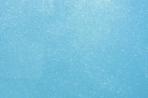 四国 愛媛 愛南町 宇和海海中公園 海中 水中 海 泡 あぶく 気泡 バブル 空気 光 明るい 美しい 綺麗 マリンブルー ターコイズブルー 水色 一面 水中撮影 自然 恵み 背景 壁紙 テクスチャ