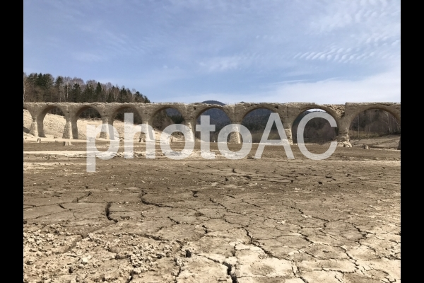 タウシュベツ橋の写真
