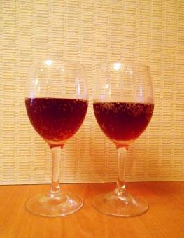ワイン スパークリングワイン ワイングラス ペアグラス 乾杯 記念日 結婚記念日 恋人 夫婦 クリスマス クリスマスイブ wine アルコール飲料 葡萄酒 発泡ワイン Sparklingwine 炭酸ワイン デート カップル お祝い 祝杯 バー Bar