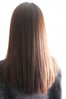女性の髪の写真