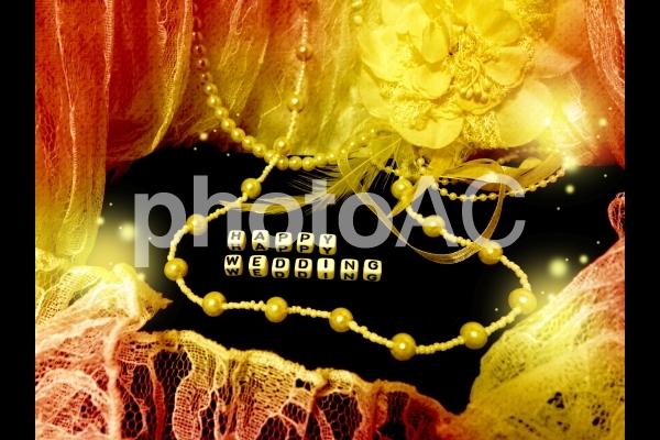 文字キューブ HAPPY WEDDING ハッピーウェディング レースとコサージュネックレスの写真