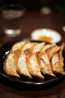 餃子 ぎょうざ ギョウザ 中華料理 料理 晩ごはん ご飯 ラーメン屋さん