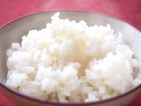 ごはん コシヒカリ 炊きたて たきたて ご飯 こしひかり 日本 和食 米 美味しい 赤 白 つやつや 主食 湯気 ゆげ 白米 茶碗 ほかほか ほかほかご飯 あったかご飯 あったか あたたかい あたたかいご飯 ほかほかごはん あったかごはん 新米