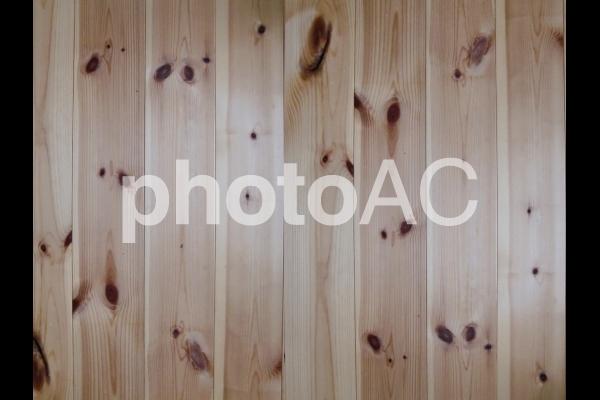 背景素材 木目 縦の写真