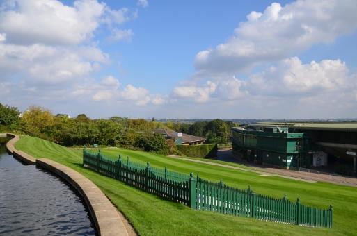 ウィンブルドン イギリス テニス 青空 芝生