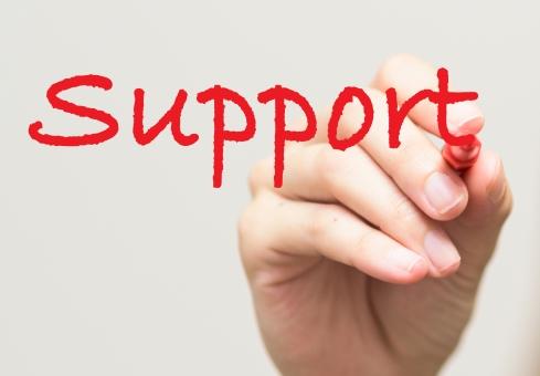 サポート 助ける 援助 指 手 書く 赤ペン ペン 女性 英単語 英語 コピースペース アルファベット 文字 爪 女子 ネイル