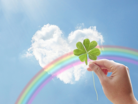 空 青空 雲 積乱雲 積雲 四葉 ハート 心 告白 恋 愛 想い 可愛い かわいい ラブ 恋愛 love 虹 レインボー レインボウ かけはし 架け橋 七色 メルヘン ファンタジー 白 四つ葉 クローバー 葉 草 手 森 木 樹木 緑 しろつめくさ シロツメクサ 白詰草 夏 幸せ 幸福 福 ラッキー グリーン 葉っぱ 野原 植物 自然 背景 壁紙 テクスチャー バックグラウンド 素材 さわやか 癒し バック 草原 光 涼しい 公園 みどり 春 花 草花 新緑 初夏 4月 5月 6月 四月 五月 六月 四ツ葉 人物 パーツ 喜び 希望 環境 エコ eco クリーン