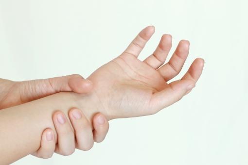 腱鞘炎の写真素材 写真素材なら「写真AC」無料(フリー)ダウンロードOK
