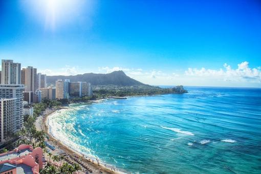 ハワイ ワイキキ ワイキキビーチ ビーチ 海 海外 海辺 浜辺 観光 観光旅行 旅行 旅 オアフ島 キレイ 美しい 自然 景色 風景 水平線 眺め 景観 観光地 観光スポット リゾート