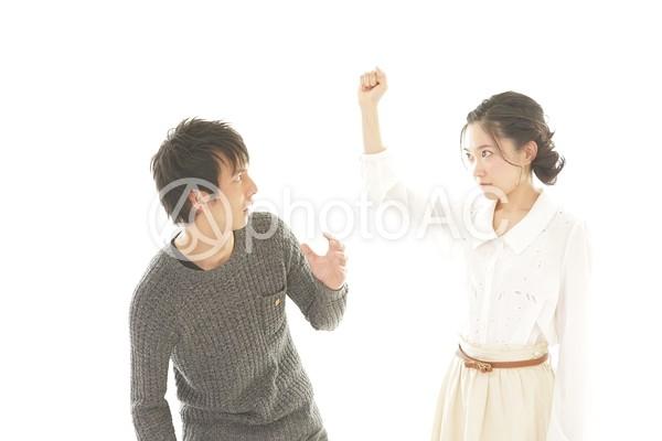 喧嘩中のカップル6の写真