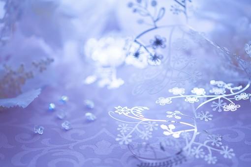 花の銀細工とビーズ3の写真