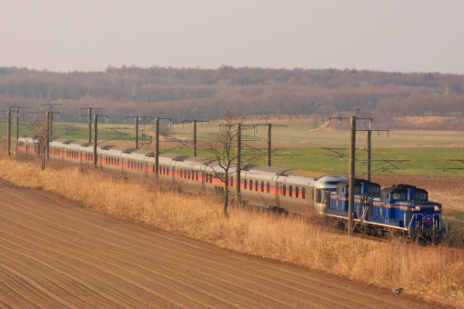 寝台特急 カシオペア 夜行列車 寝台列車 ブルートレイン ディーゼル機関車 DD51 E26系 客車 JR北海道 JR東日本 鉄道写真 列車