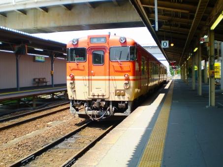 電車 ホーム 駅 鉄道 旅行 プラットホーム でんしゃ えき トレイン 通勤