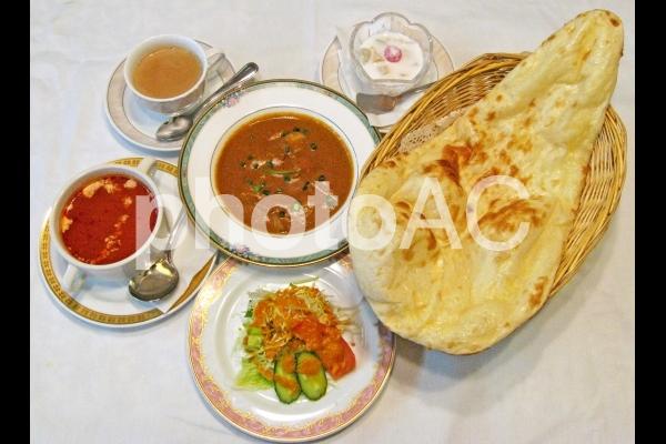 インド料理セットの写真