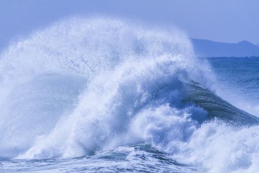 荒波 日本海 台風 堤防 暴風