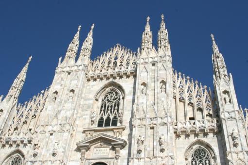 ミラノ大聖堂 ドゥオーモ・ディ・ミラーノ ミラノのドゥオーモ 白 青 イタリア Italy 欧州 ヨーロッパ 外国 海外旅行 イタリア語 ミラノ 旅行 旅 一人旅 留学 語学留学 教会 カトリック 海外 観光 ゴールデンウィーク 春休み 夏休み Duomo ゴシック建築 美しい 建築物 Milano