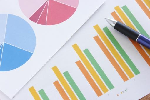 提案資料 プレゼン資料 ビジネス 商談 打ち合わせ 会議 企画 プレゼンテーション 提案 見積り グラフ ビジュアル 図形 データ 売上 売り上げ 企業 会社 デスク ミーティング 資料 書類 報告書 推移 統計データ データ分析 マーケティング 参考資料 営業 営業マン 実績 成績 販売 商売 月次資料 仕事 業務 作業 傾向と対策 市場シェア 他社 競合 ライバル会社 競争 比率 割合 見通し 経営計画 状況 課題 経営者 マネジメント プレーヤー ビジネスマン ホームページ素材 ウェブ素材 ブログ素材 イメージ 素材 背景 背景素材 web blog