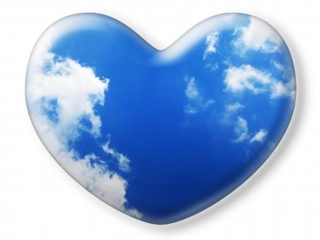ハート はーと heart 素材 背景 アイコン ラブ love 愛 ロマンチック バレンタイン フレーム クリスタル風 枠 空 青空 雲 白雲 青 白 コピースペース 白バック