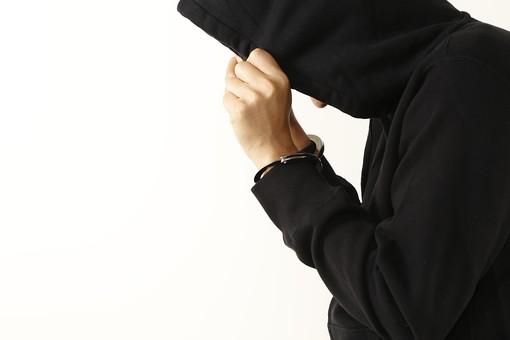 「犯人 顔フード」の画像検索結果