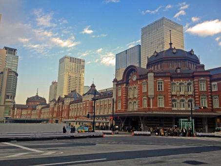 天然スレートが使われている代表的な建築物は「東京駅」の参考画像