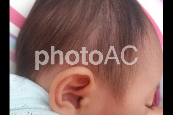 赤ちゃん細い髪の毛やわらかいの写真