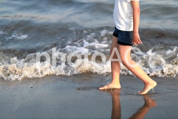 海と少女2の写真