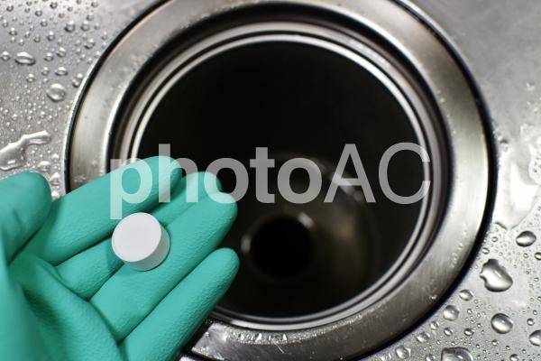 掃除 排水管 詰まりの写真