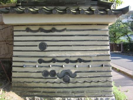 壁 瓦文様 壁様式 埋め込み 埋蔵 古式 古風 風情 和文様 京都 京都らしさ