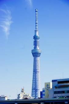 東京スカイツリー tokyo sky tree Tokyo Sky Tree TOKYO SKY TREE 634m tower Tower タワー 浅草 Asakusa 雲 くも 青空 青 空 あおぞら あお そら blur Blue 観光 高さ