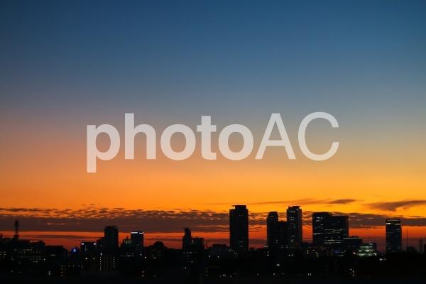 夕暮れ時の空 名古屋駅、名古屋城の写真