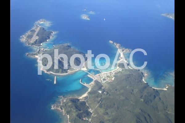 外地島、慶留間島、阿嘉島上空2(Okinawa/Japan)の写真