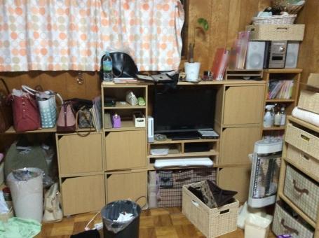 「散らかった部屋 フリー素材」の画像検索結果
