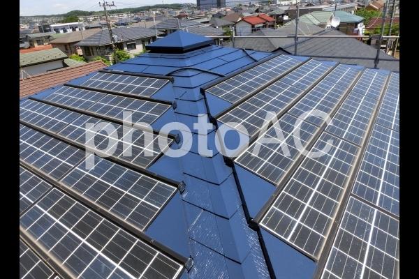 屋根の上のソーラーパネル1の写真