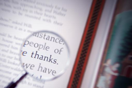 ありがとう 英語 洋書 虫眼鏡 感謝 文字