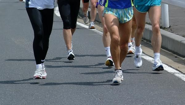 マラソン 市民マラソン マラソン大会 ランニング ランナー スポーツ