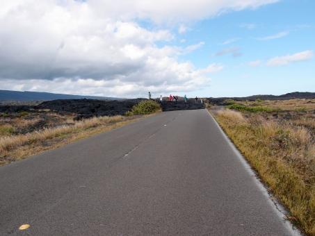 チェーンオブクレーターズロード キラウエア火山 キラウエア 火山 ロード 終わり 終点 溶岩 道 道路 最後 行き止まり 空 晴れ 晴天 地平線 ハワイ ハワイ島