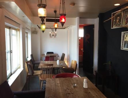 カフェ 飲食店 店 喫茶店 ランプ 温かい 木 ぬくもり オシャレ DIY おしゃれ テーブル イス