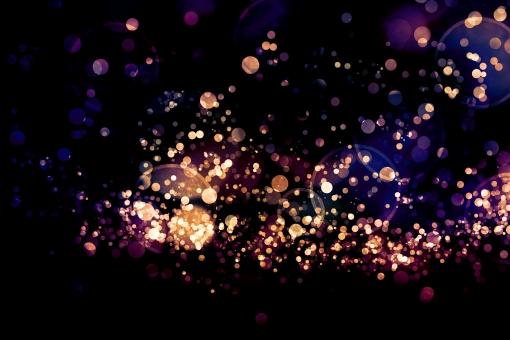 宝石のいろめく真夜中の写真