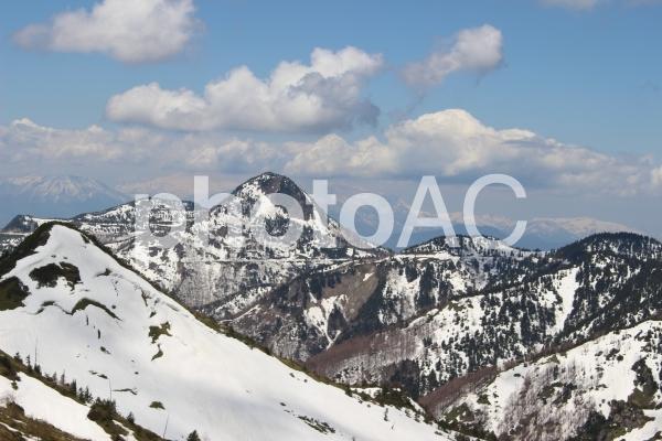 志賀草津高原ルート 山並みの写真