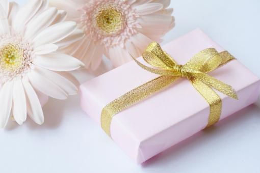 プレゼント ギフト 誕生日 贈り物 リボン 花 お祝い フラワー お礼 ガーベラ 結婚 記念日 お中元 お歳暮